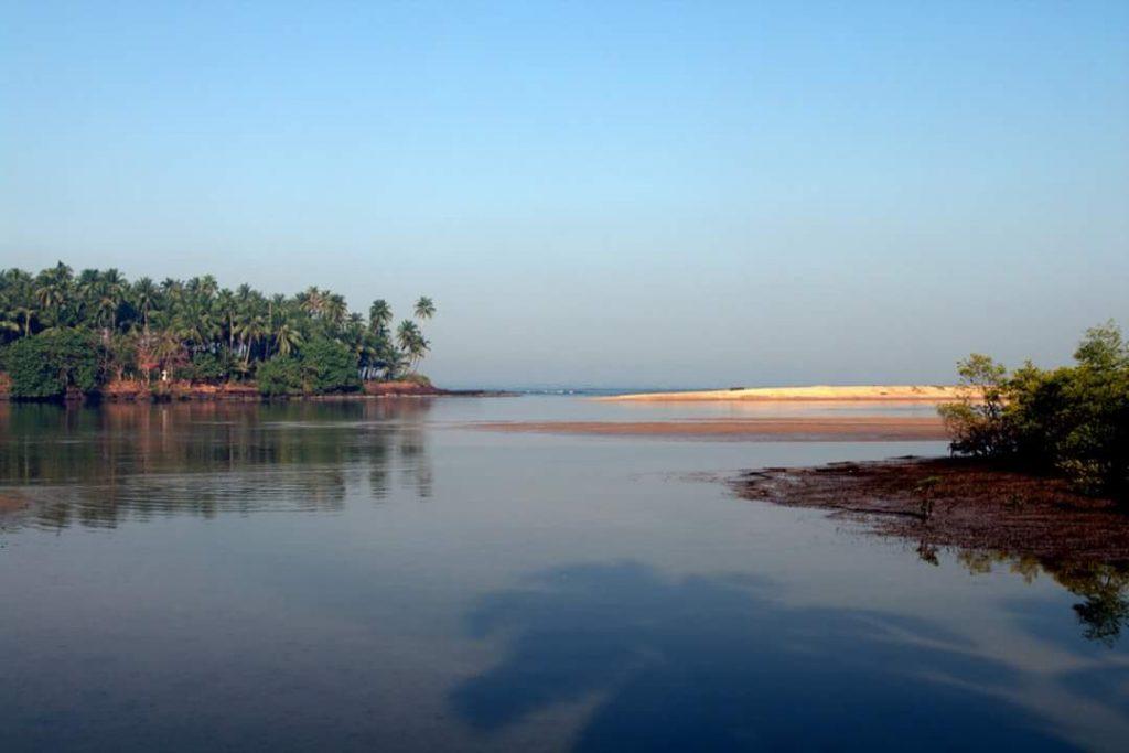 Tarkarli Hotels | Scuba Diving in Tarkarli | Resorts in Tarkarli | Tarkarli HomeStay | Tarkarli Beach Resorts | Tarkarli Tourism